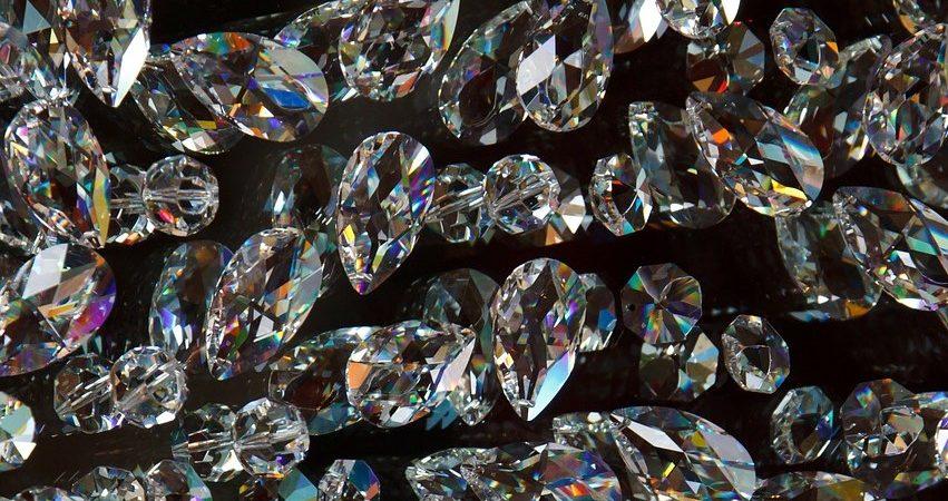 合成ダイヤモンド ラボグロウンダイヤモンド