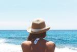 2019-2020夏の旅行コーデ、買うべきアイテムは?水着のトレンドも解説!